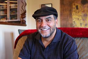 Dr. Miguel Ruiz, autor do livro 'Os Quatro Compromissos'