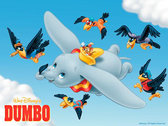 Dumbo volando